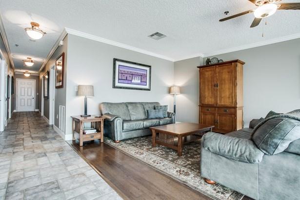 3575 Lone Star Circle 703, Fort Worth, TX - USA (photo 2)