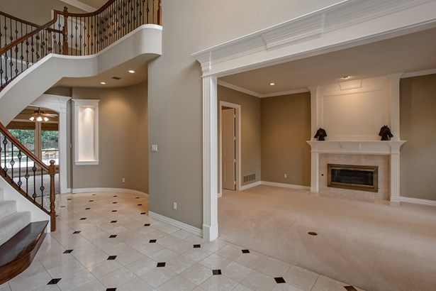 5821 Singletree Court, Fort Worth, TX - USA (photo 3)