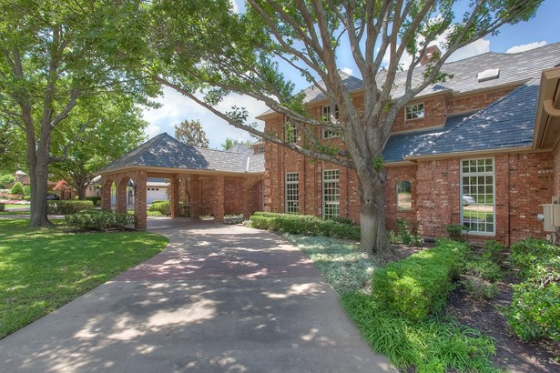 6140 Forest Highlands Drive, Fort Worth, TX - USA (photo 1)