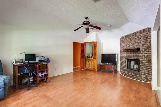 7013 Routt Street, Fort Worth, TX - USA (photo 4)