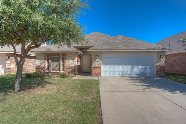8205 Riversprings Drive, Fort Worth, TX - USA (photo 3)