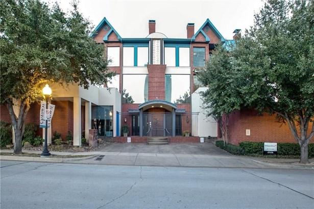 205 Pecan Street, Fort Worth, TX - USA (photo 2)
