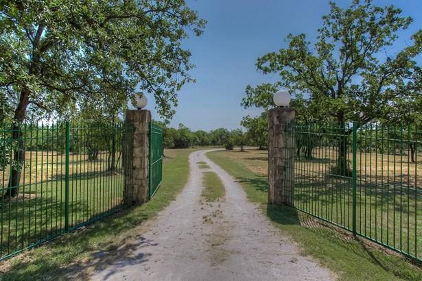 9100 Dickson Road, Fort Worth, TX - USA (photo 2)