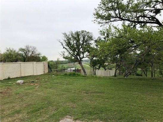 241 Nursery Lane, Fort Worth, TX - USA (photo 2)