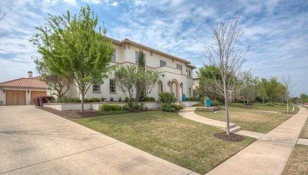3824 Riverhills View Drive, Fort Worth, TX - USA (photo 3)