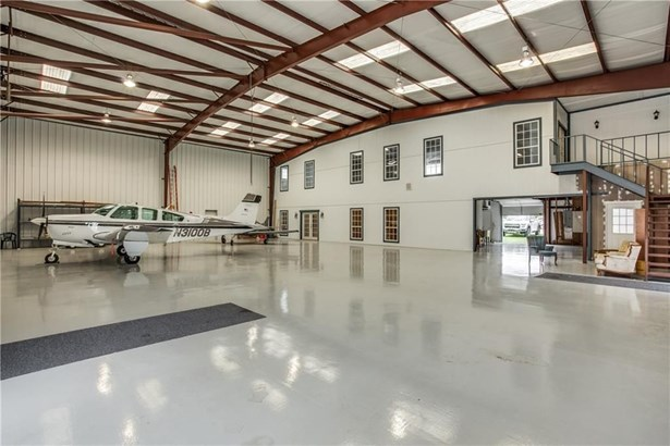 512 Aviator Drive, Fort Worth, TX - USA (photo 1)