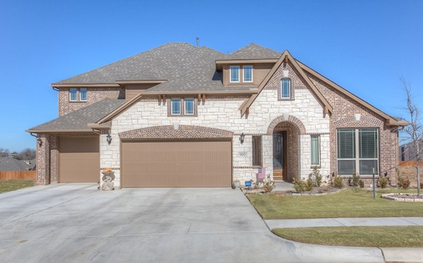 905 Robles Way, Burleson, TX - USA (photo 1)