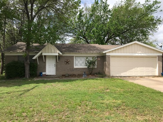 3920 Williams Road, Benbrook, TX - USA (photo 1)