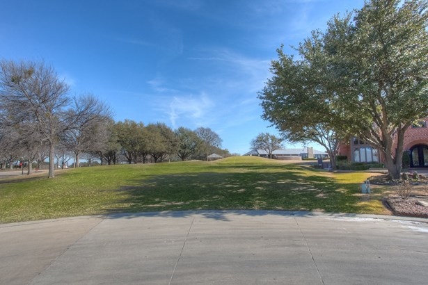 6701 Mira Vista Boulevard, Fort Worth, TX - USA (photo 1)