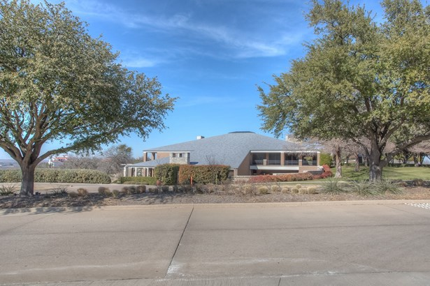 6701 Mira Vista Boulevard, Fort Worth, TX - USA (photo 2)
