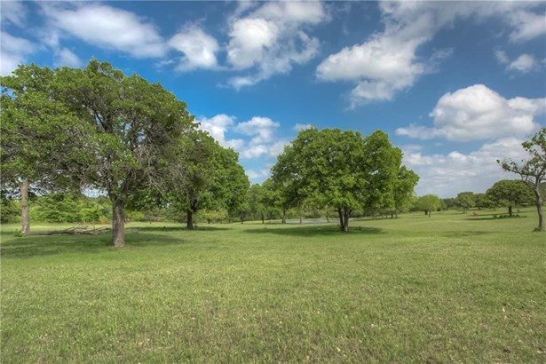 4008 Highland Oaks Lane, Cleburne, TX - USA (photo 5)