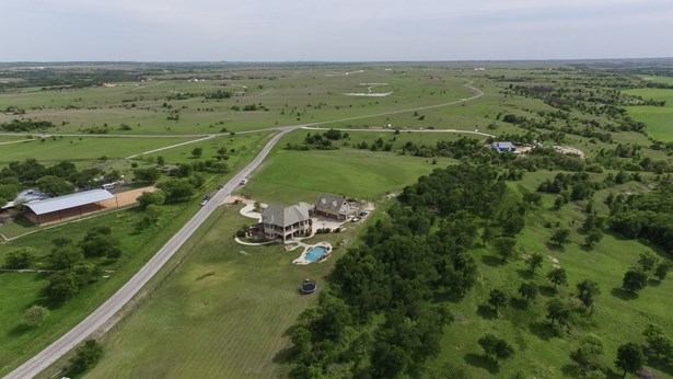 10500 W Rocky Creek Road, Crowley, TX - USA (photo 2)