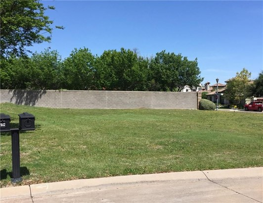 900 Cantabria Court, Westworth Village, TX - USA (photo 2)