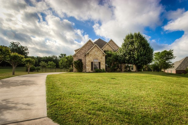 116 Rustling Elm Way, Azle, TX - USA (photo 1)