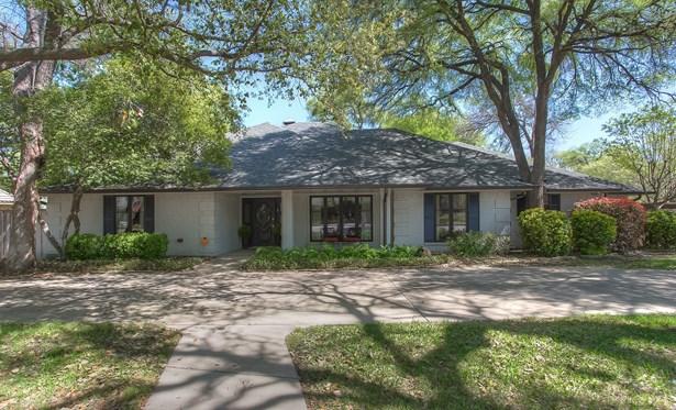 3454 Mist Hollow Court, Fort Worth, TX - USA (photo 1)