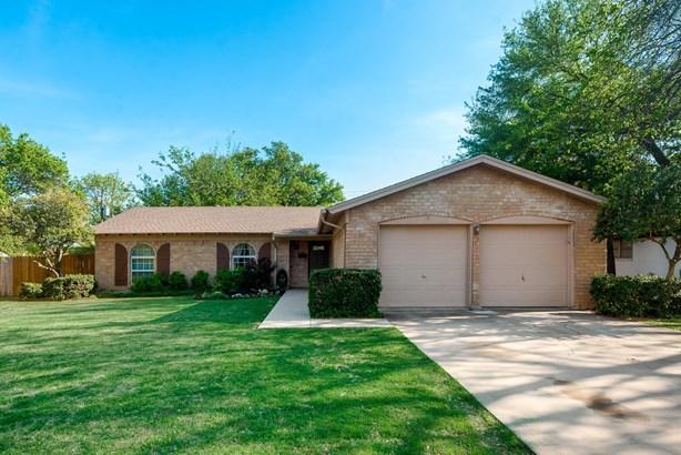 3705 Kelvin Avenue, Fort Worth, TX - USA (photo 2)