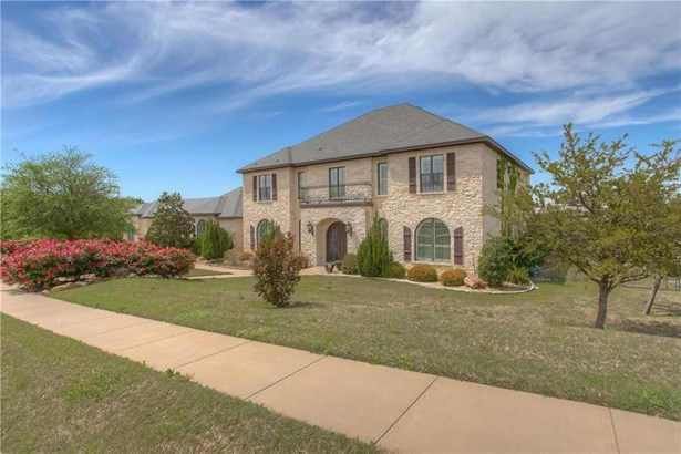 10832 Hawkins Home Boulevard, Benbrook, TX - USA (photo 2)