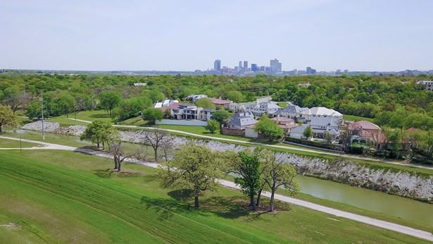 4212 Blackstone Drive, Fort Worth, TX - USA (photo 1)
