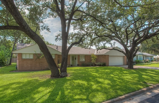 4237 Selkirk Drive, Fort Worth, TX - USA (photo 3)