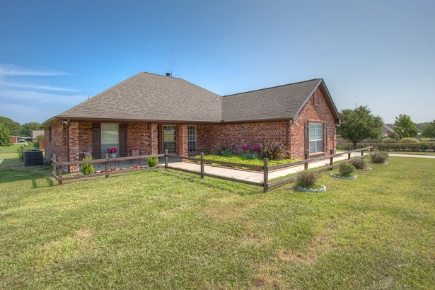 101 Imperial Mammoth Lane, Weatherford, TX - USA (photo 1)