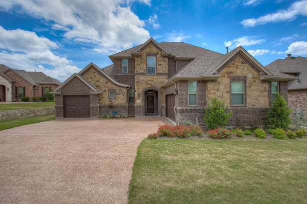 106 Crown Valley Court, Weatherford, TX - USA (photo 1)