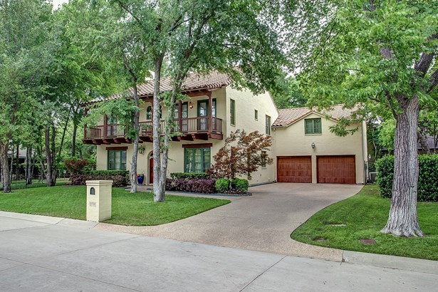 2708 River Forest Drive, Fort Worth, TX - USA (photo 2)