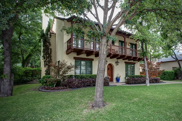 2708 River Forest Drive, Fort Worth, TX - USA (photo 3)