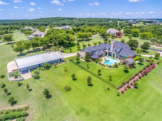 10016 Tantarra Drive, Burleson, TX - USA (photo 3)
