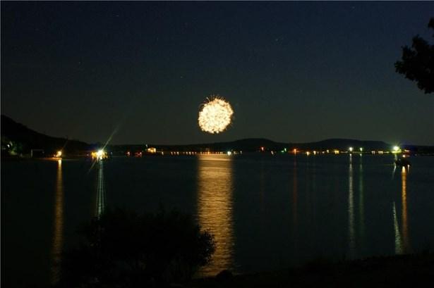 1017 E Hells Gate Drive, Possum Kingdom Lake, TX - USA (photo 3)