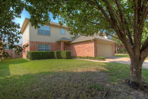 9765 Stoney Bridge Road, Fort Worth, TX - USA (photo 2)