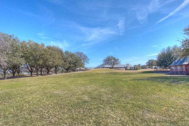6701 Mira Vista Boulevard, Fort Worth, TX - USA (photo 3)