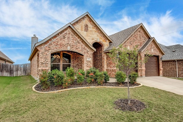 9709 Mullins Crossing Drive, Fort Worth, TX - USA (photo 1)