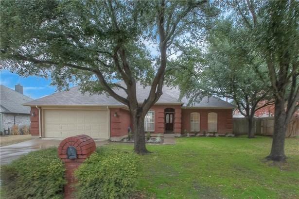 1117 Shady Hill Lane, Burleson, TX - USA (photo 1)