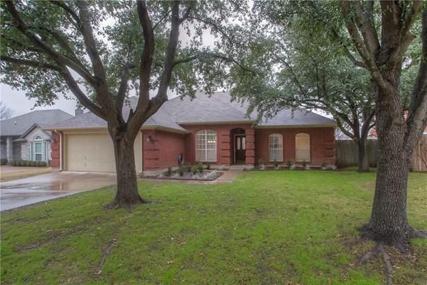 1117 Shady Hill Lane, Burleson, TX - USA (photo 2)