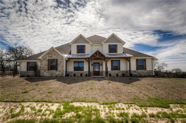 4016 Highland Oaks Lane, Cleburne, TX - USA (photo 3)