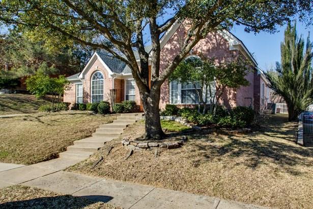 3910 Parker Oaks Drive, Arlington, TX - USA (photo 2)