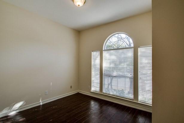 3910 Parker Oaks Drive, Arlington, TX - USA (photo 5)