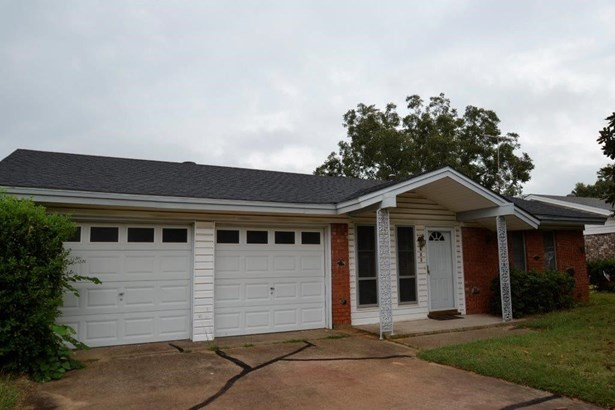 603 E Anderson Street, Weatherford, TX - USA (photo 1)