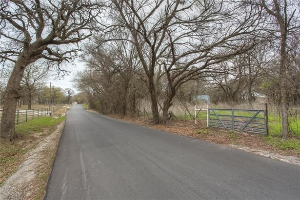 202 Briarwood Street, Weatherford, TX - USA (photo 4)