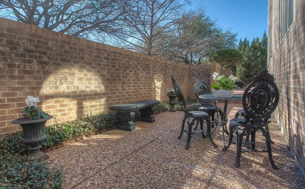 5024 Bryce Avenue, Fort Worth, TX - USA (photo 5)