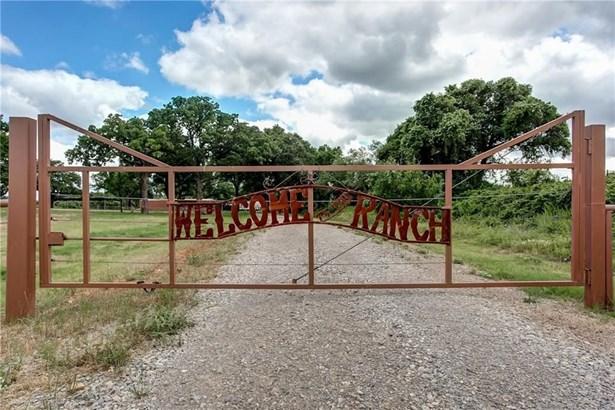 8001 Village Bend Road, Mineral Wells, TX - USA (photo 5)