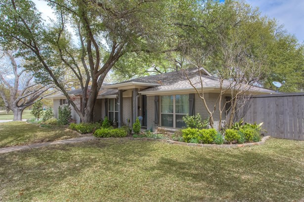 1701 Aden Road, Fort Worth, TX - USA (photo 4)