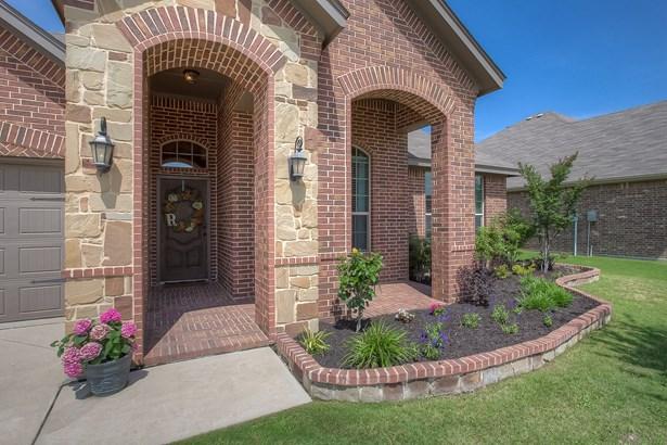 1239 Lantana Lane, Burleson, TX - USA (photo 1)
