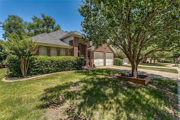 625 Oakbrook Drive, Burleson, TX - USA (photo 3)