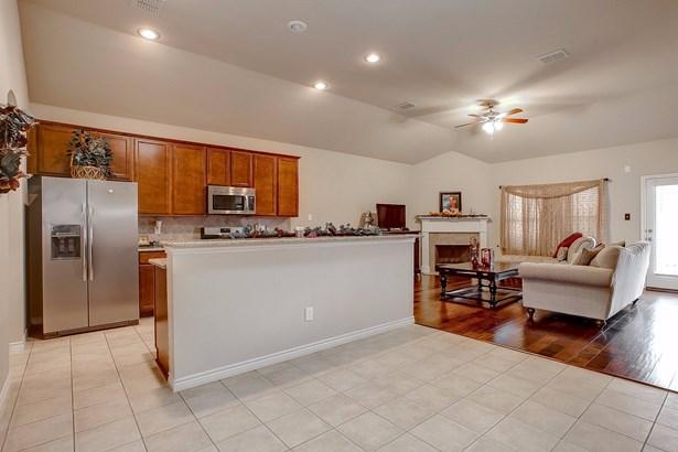 3801 Weatherstone Drive, Fort Worth, TX - USA (photo 4)