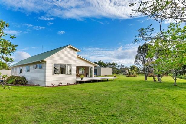 83 Te Pua School Road, Helensville, Auckland - NZL (photo 3)