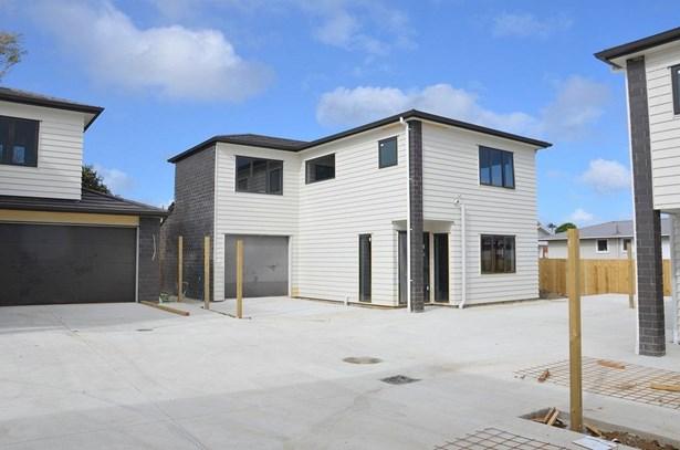 Lot4, 26 Wayne Drive, Mangere, Auckland - NZL (photo 2)