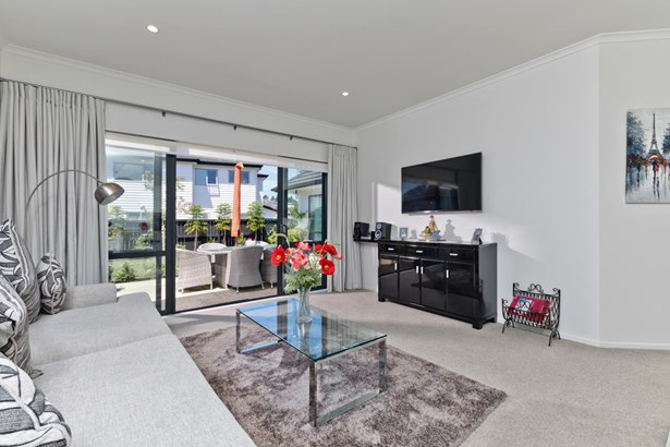 152 Harris Drive, Silverdale, Auckland - NZL (photo 2)