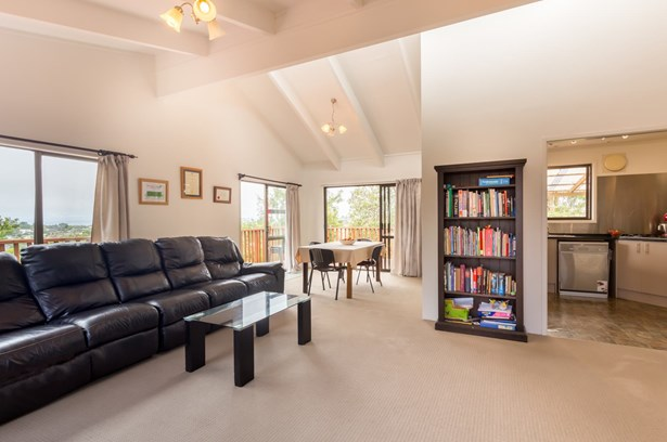21 Moorgreen Heights, Torbay, Auckland - NZL (photo 5)