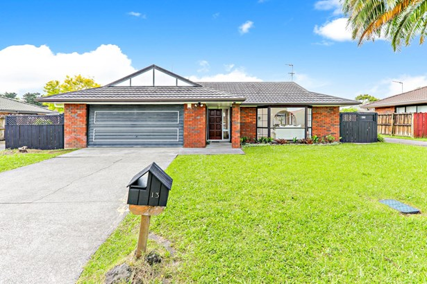 13 Golfland Drive, Golflands, Auckland - NZL (photo 2)